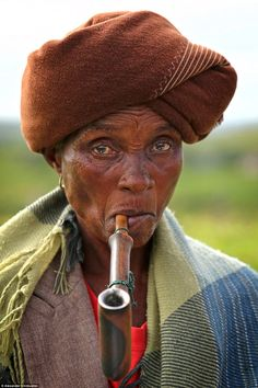 The World in Faces photo series shows beauty around the globe Credit: Alexander Khimushin We Are The World, People Around The World, Around The Worlds, Xhosa, Beauty Around The World, Face Photo, Women Smoking, Photo Series, World Cultures