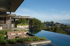 House in Los Altos Hills, United States. With sweeping view of the San Francisco Bay Area, this contemporary masterpiece has five bedroom suites, game room, fitness, center, vanishing edge pool, spa, outdoor fire pit, game room with full bar.  Rents for $30,000 per night.  A contemporary...