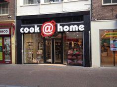 Onze winkel in de Langestraat, Amersfoort.