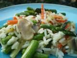 Vegetable Rice - used 1.5 cups frozen vegetables, 1 tbsp butter, 1tbsp dried parsley, 4 bouillon cubes, 2 cups water, and 2 cups instant rice. Pretty good and very simple.