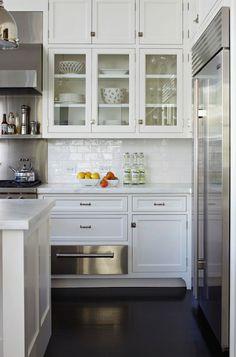 Muebles vidrio y cerrado/ cocina