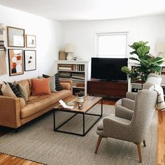 Small Apartment Living Room Layout Ideas - Home and Garden Decoration Living Room Sofa, Living Room Interior, Home Living Room, Living Room Designs, Living Room Furniture, Brown Leather Couch Living Room, Living Room Speakers, Manly Living Room, Home Room