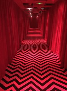 Twin Peaks 1990, David Lynch Twin Peaks, Todd Hido, Fritz Lang, Between Two Worlds, Magical Thinking, Red Aesthetic, Movies And Tv Shows, Photography