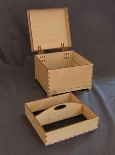 #lasercut birch ply box, 16x16x12cm.