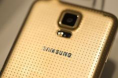 Samsung Galaxy S5 is topping the sales chart and smashing previous records since the launch. It comes with latest technological specs, a fingerprint scanner, heart rate monitor and super awesome camera in a glamorous package