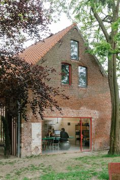 Fien and Hannes of Muller van Severen talk us through their design process, from colour to form, at their studio in Ghent, Antwerp. Architecture Details, Interior Architecture, Interior And Exterior, House In The Woods, My House, Cabana, Barn Renovation, Minimal Home, Cabin Homes