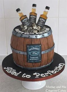 Whisky barrel cake - Cake by Mother and Me Creative Cakes Whiskey Barrel Cake - Kuchen von Mut Festa Jack Daniels, Jack Daniels Cake, Jack Daniels Birthday, Jack Daniels Party, Whiskey Barrel Cake, Whiskey Cake, Birthday Cake For Him, 40th Birthday Cakes, Alcohol Birthday Cake