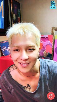 Mino Winner, Song Minho, Boy Groups, Songs, Celebrities, Face, Celebs, The Face, Song Books