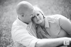 intimate engagement photography session