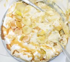 to make banana pie Food N, Food And Drink, Banana Pie, My Pie, Shops, Fruit Pie, My Recipes, Recipies, Lunch Menu