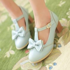 """Best Cute Kawaii Harajuku Fashion Clothing & Accessories Online Store. Coupon """"cutekawaii"""" for all 10% off. Via:http://cuteharajuku.storenvy.com. Upper material: PU Sole Material: Rubber Style: Sweet Heel Height: 5cm/1.96"""" Color: white,pink,purple,blue eu35=225mm, eu36=230mm, eu37=235mm, eu38=240mm, eu39=245mm, please check your foot length, must be one your size,thanks! Tips: *Please double check above size and consi..."""