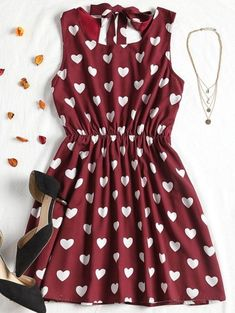 High Contrast Cut Out Valentine Mini Dress BURGUNDY - A site with wide selection of trendy fashion style women's clothing, especially swimwear in all kinds which costs at an affordable price. Girls Fashion Clothes, Teen Fashion Outfits, Fall Outfits, Fashion Dresses, Clothes For Women, Dress Outfits, Casual Dresses, Girls Dresses, Summer Dresses