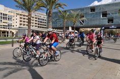 Si te encantan las rutas en bicicleta, Benidorm es el lugar indicado. Trae la tuya o alquila una. No hay excusas para disfrutar de un tranquilo paseo o participar en actividades organizadas en grupo. Pedalea y diviértete!! #Ciclismo #Outdoor #Benilovers #VisitBenidorm #Deportes #Turimo #TurismoBenodorm