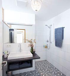 vacation rental in constance, germany. apt. #3. #interiordesign #uteguentherwachgekuesst  #bathroom #custom #christals #ceramictile Photo by BURMESTER PHOTOGRAPHY Interior Architecture & Styling UTE GÜNTHER