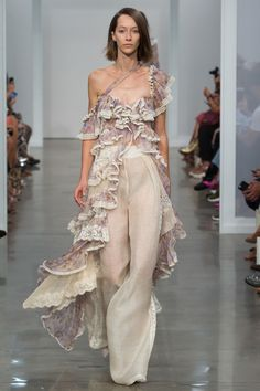Zimmermann Spring 2017 Ready-to-Wear Fashion Show Collection