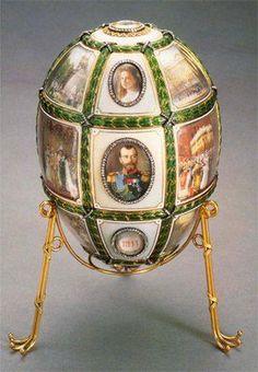 Фаберже.  Яйцо «Пятнадцатая годовщина царствования».Девять яиц, возвращенные в Россию