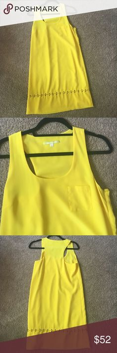 Yellow Gianni Bini swing dress This fun and vibrant yellow swing dress is the perfect pop of color. Super comfortable and super flattering! Gianni Bini Dresses