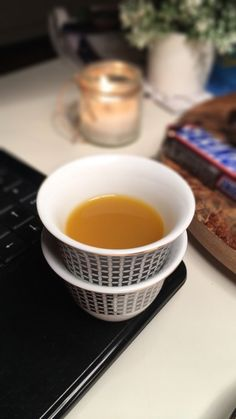 Coffee Shake, Coffee Drinks, Arabic Sweets, Arabic Food, Coffee Photography, Tumblr Photography, Gel Nails Shape, Sweet Crepes Recipe, Coffee Flower