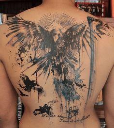 Tatouage corbeau back