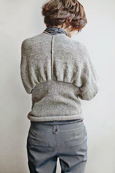 Vilnos megztinis iš nugaros