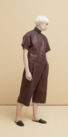 Look 2: Fine Gauge Turtle Neck in Granite // Cropped Leather T-Shirt in Barrel // Geode Leather Crop Trousers in Barrel