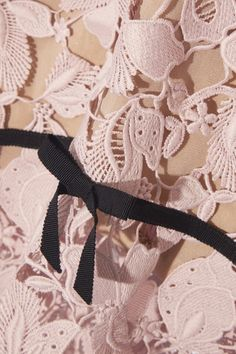 Antique-rose guipure lace, beige crepe and tulle, black grosgrain Concealed hook and zip fastening through back 100% polyester Dry clean