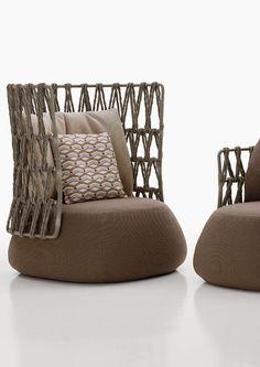 tribù - outdoor pouf #tribu #pouf #sofa #paardekooper