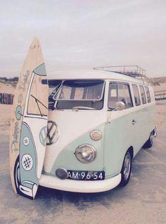 Pipeline surf in Hawaii! , Pipeline surf in Hawaii! Pipeline surf in Hawaii! Pipeline surf in Hawaii! Volkswagen Bus, Vw T1, Volkswagon Van, Volkswagen Beetles, Vans Vw, Vw Camper Vans, Combi Ww, Vw Caravan, Vw Vintage