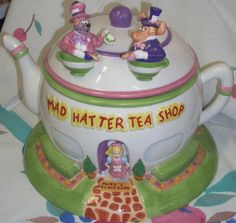 Alice in Wonderland cookie jar - Cookie Jars by Jazzejunqueinc