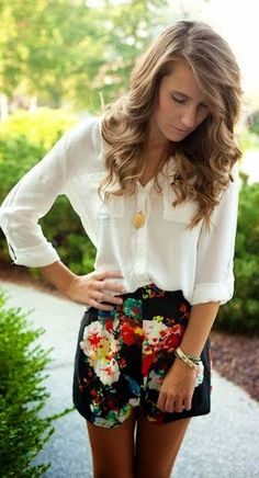 Summer outfit....love both pieces...I have to get some cute shorts...