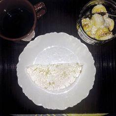 Café da manhã: tapioca com queijo  banana com aveia. #saude #vidasaudavel #viverbem #fitness #eacolhas #RA #foconadieta #dieta #reeducao #aprenderacomer #receita #fit #fitness #eueliminandopeso #antesedepois #magra #verao #proteina #foco #meta #objetivo #menos5kg #determinacao #determination #focus #fit by projectmenos10kg http://ift.tt/1Y2bTUQ