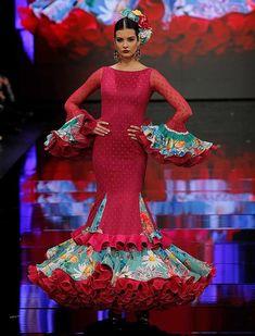 SIMOF 2018: el desfile de Teressa Ninu Atelier, en fotos / Raúl Doblado Spanish Dress Flamenco, Couture Fashion, Runway Fashion, Flamenco Costume, Gypsy Women, Dance Dresses, Flamenco Dresses, Dress To Impress, Glamour