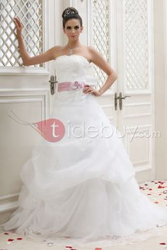 ウェディングドレス A-ラインノースリーブ ひだ飾りチャペル