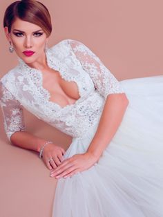 Rebecca, princess wedding dress by BIEN SAVVY
