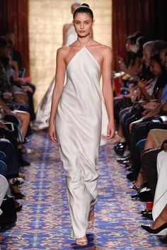 Taylor Hill Brandon Maxwell New York Spring/Summer 2017 Ready-To-Wear Collection | British Vogue