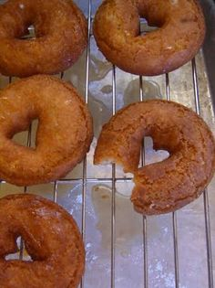 apple cider dounuts