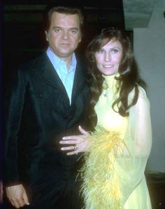Conway Twitty & Loretta Lynn.