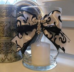 mine please :) Candle Centerpieces, Candle Lanterns, Diy Candles, Vases, Behind The Candelabra, Crafts To Make, Fun Crafts, Glade Candles, Parents Anniversary