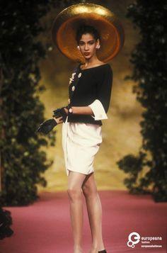 Christian Lacroix, Spring-Summer 1990, Couture on www.europeanafashion.eu