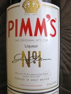 Pimm's cup sans the fruit. Sprig of mint. Twist of lemon. Perhaps a lone blueberry or two. Perfect for a summer day.