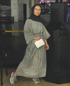 fitness Fashion hijab - Modest Maxi Dresses With Sleeves - Zahrah Rose Hijab Fashion Summer, Modest Fashion Hijab, Modern Hijab Fashion, Casual Hijab Outfit, Hijab Fashion Inspiration, Abaya Fashion, Muslim Fashion, Mode Inspiration, Fashion Outfits