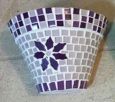 1 Mosaic Planters, Mosaic Vase, Mosaic Flower Pots, Ceramic Flower Pots, Painted Flower Pots, Mosaic Garden, Stained Glass Crafts, Mosaic Crafts, Mosaic Projects
