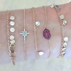 Love the look of carelessly piled on bracelets- it's so so so summer!☀️ #kismetbymilka #chain #bracelets #bracelet #cool #chic #casual #elegant #love #urban #armparty #finejewelry #diamond #diamonds #pinkgold #modern #minimal #gold #ruby #lip photo credit: @jaimiegellerjewelry #design #lookoftheday  #style #stylish #summer #styleoftheday #lovegold #lovediamond #jewelry #lovegold