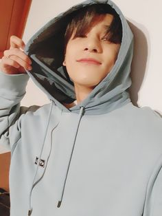 ━hangyul as your boyfriend Love U Forever, Wattpad, Golden Child, Cute Gay, Your Boyfriend, Airport Style, Debut Album, Boyfriend Material, Korean Boy Bands
