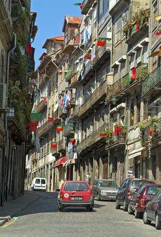 Ruas do Porto / Streets of Porto > Rua de Belomonte - Portugal