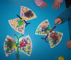 Schmetterlinge aus Filtertüten