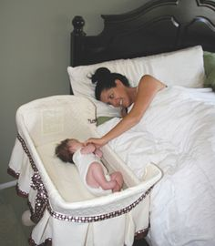 the cosleeping debate and the benefits of infant-parent proximity