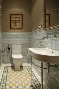 Trendy ideas for bathroom tiles floor patterns Rustic Bathroom Vanities, Bathroom Interior, Modern Bathroom, Small Bathroom, Bathroom Ideas, Classic Bathroom, Design Bathroom, Bathroom Floor Tiles, Bathroom Toilets