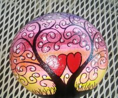 tree and hearts Seashell Painting, Heart Painting, Pebble Painting, Dot Painting, Pebble Art, Stone Painting, Rock Painting Ideas Easy, Rock Painting Designs, Painting The Roses Red