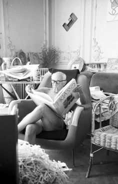 Pablo Picasso at home